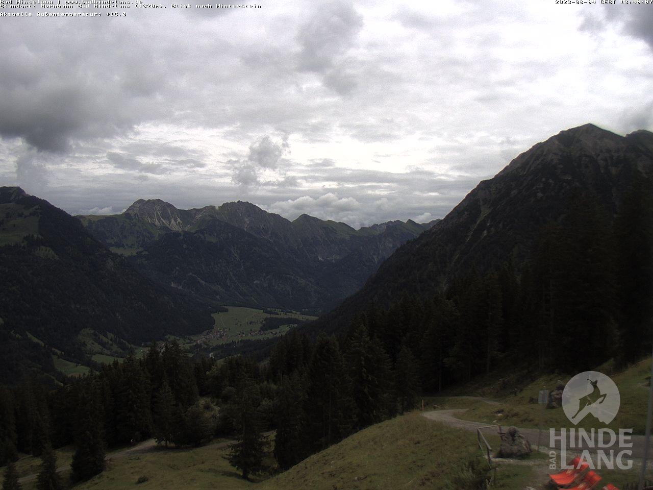 Webcam Bergstation Hindelanger Hornbahn - Ausblick von der Bergstation Hornbahn Hindelang (1.320 Meter) auf Hinterstein